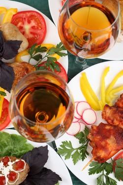 Pause déjeuner: moment convivial, utile à sa carrière... ou machine à stress