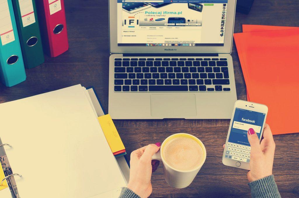 Réseaux sociaux au boulot : les limites à ne pas dépasser